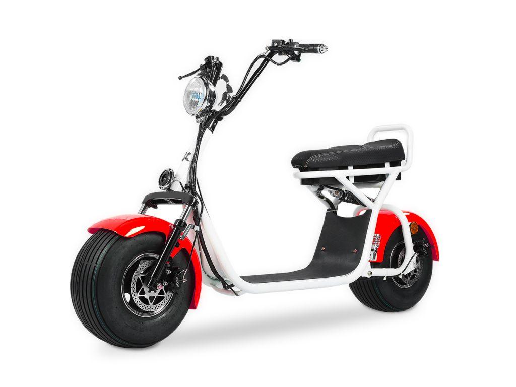 Quad'n Scoot, spécialiste du 2 roues à Brest en Bretagne vous propose sa trottinette électrique blanche et rouge